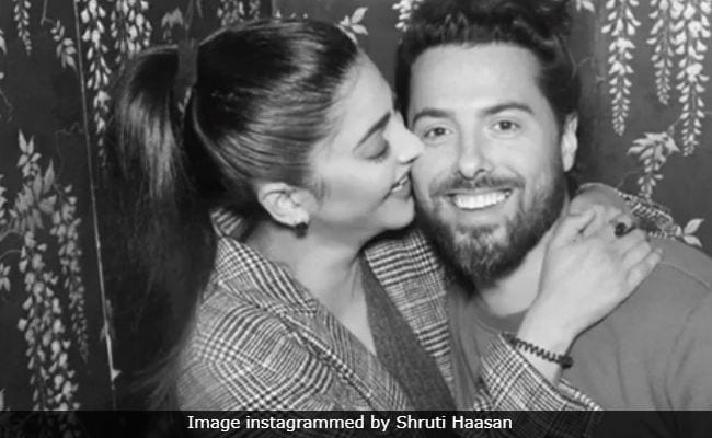 Shruti Haasan's 'Gushy' Post With Boyfriend Michael Corsale Is Winning The Internet