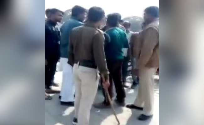 Students Clash, Smash Chairs At Republic Day Event In Madhya Pradesh Town