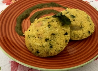 This Idli Dhokla Recipe Combines Our Love For Both South Indian And Gujarati Food