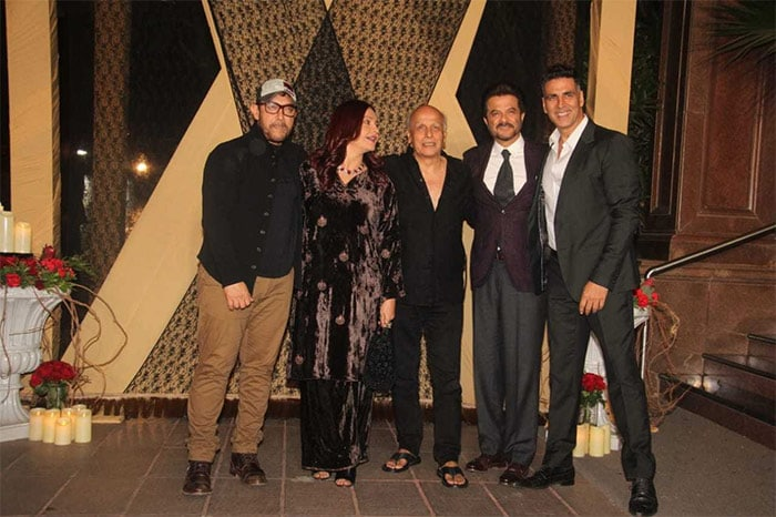 Aamir Khan, Rekha, Amitabh Bachchan, attend Sakshi Bhatt's wedding reception; see pics