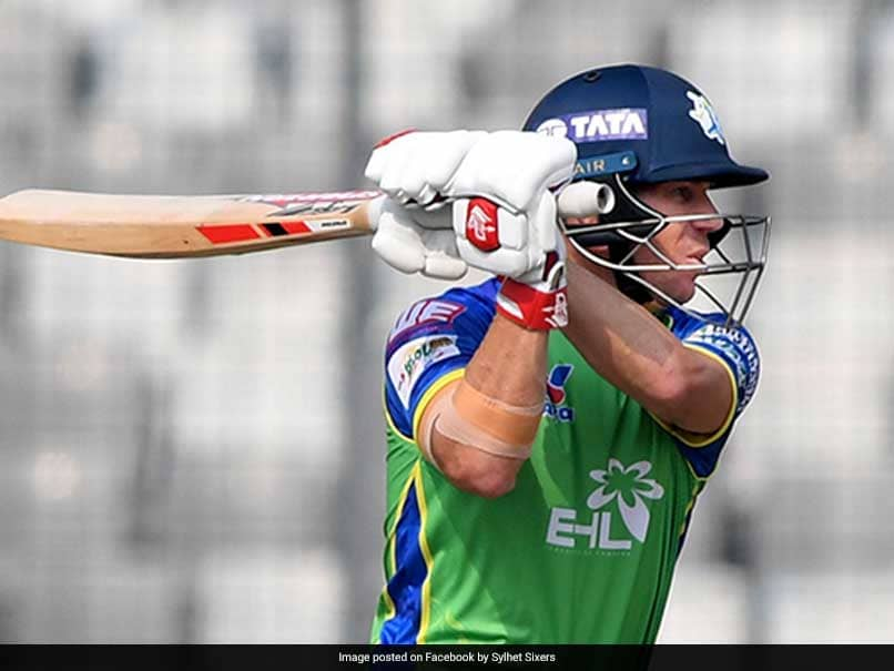 Watch: David Warner Turns Right-Hander, Hits Chris Gayle For A Six