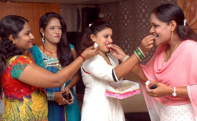 Supreme Court Strikes Down Stringent Maharashtra Rules On Dance Bars