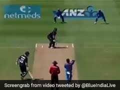 IND vs NZ: मोहम्मद शमी ने गिल्लियां उड़ाकर बनाया अनोखा रिकॉर्ड, विराट कोहली भी हुए हैरान, देखें VIDEO