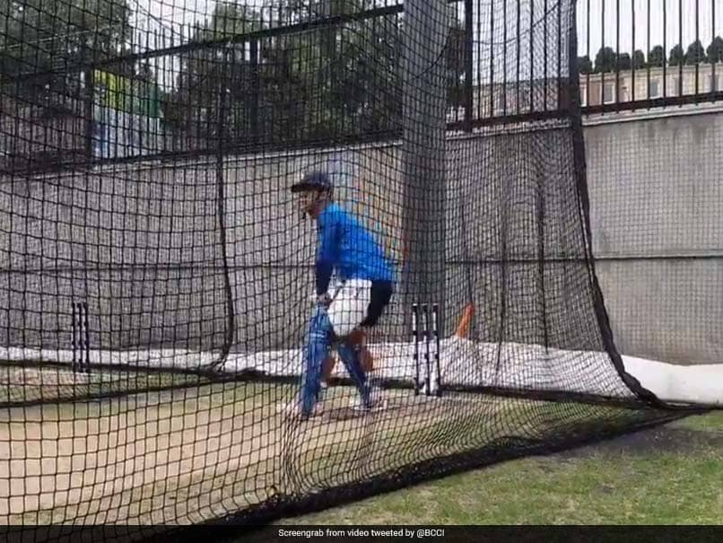 India vs Australia: MS Dhoni Warms Up For Series Decider Against Australia - Watch