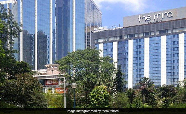 Falling Window From 16th Floor Of Hotel Kills Hong Kong Tourist