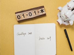 5 Items To Start The New Year With A Neat Work Desk