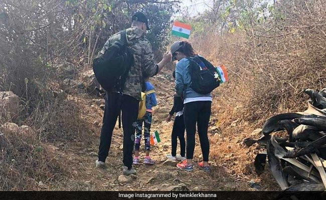 On Republic Day, Akshay Kumar, Twinkle Khanna And Nitara Went For A 'Patriotic Hike'