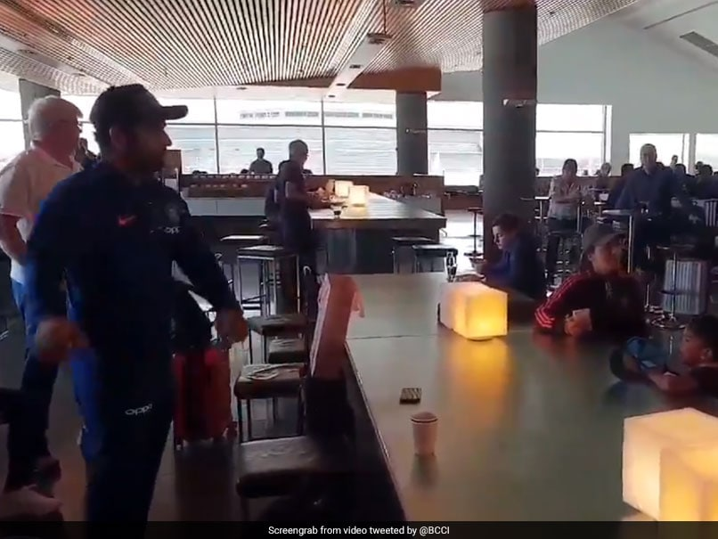 India vs Australia: Rohit Sharma Attempts To Learn Floss Dance, Fails Miserably - Watch