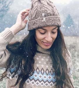 सर्दियों में सिर्फ स्वेटर नहीं, ये 6 चीज़ें भी रखेंगी आपको वॉर्म
