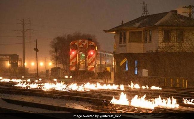 Here Is Why Chicago Is Setting Its Train Tracks On Fire