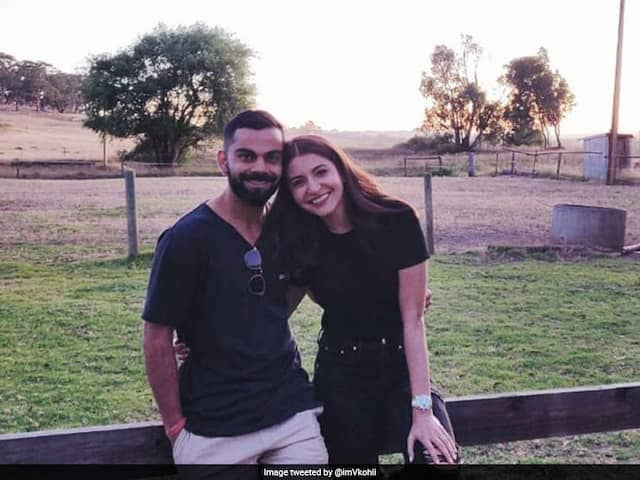 India vs Australia: Fans Ask For Improved Show after Virat Kohli Shares Picture With Anushka Sharma
