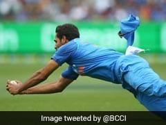 Watch: Bhuvneshwar Kumar Takes Brilliant Diving Catch To Dismiss Glenn Maxwell