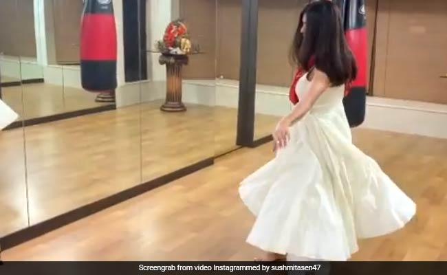 सुष्मिता सेन ने कथक डांस के लिए यूं बहाया पसीना, Video इंटरनेट पर हो रहा वायरल