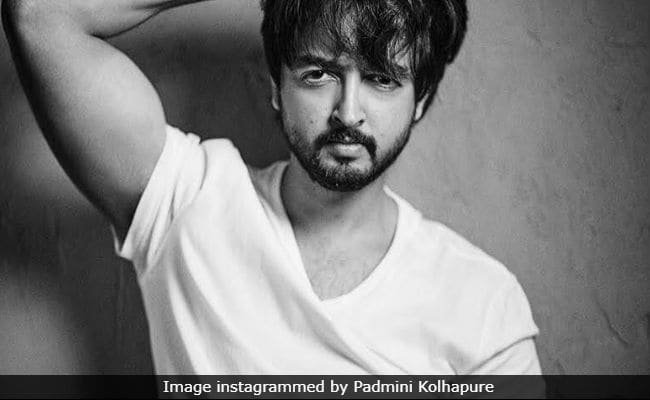 Padmini Kolhapure's Son Priyaank Sharma All Set For Bollywood Debut. Details Here