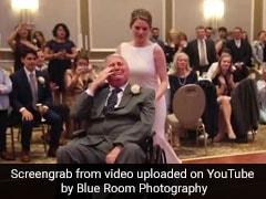VIDEO: दुल्हन ने शादी के दिन व्हीलचेयर पर बैठे पिता के साथ किया खूबसूरत डांस, देखकर रोक नहीं पाएंगे आंसू