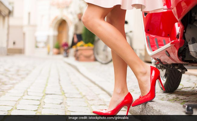 5 Gorgeous Red Pumps That Will Set You Apart