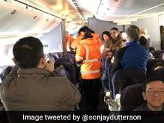 Passengers Shiver In 16-Hour Wait Inside Plane On Frigid Canadian Tarmac