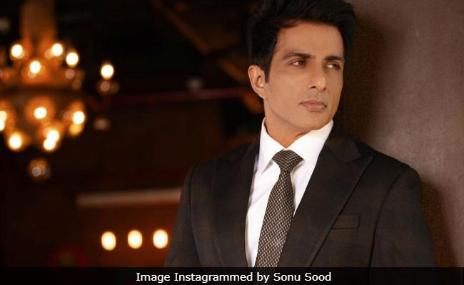 Sonu Sood Reveals Why Not Being A Part Of Manikarnika Will 'Always Bother' Him