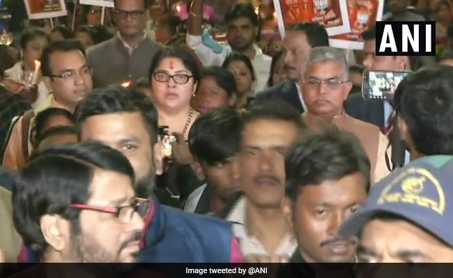 BJP Protests Near Mamata Banerjee's House Over Alleged Gangrape
