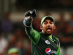 नस्ली टिप्पणी मामला: ICC ने पाकिस्तान के सरफराज अहमद को चार मैच के लिए निलंबित किया