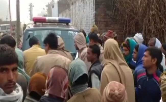 2 Sisters Found Hanging From Tree In UP, Cops Say Mother Thrashed Them