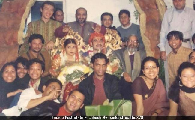 This Pic From Pankaj Tripathi's Wedding 15 Years Ago Is Viral