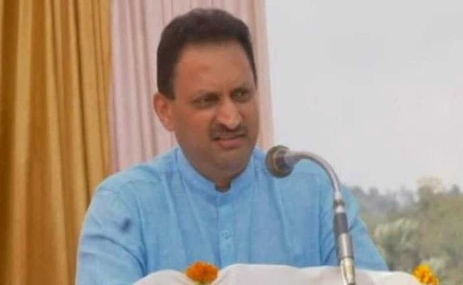 केंद्रीय मंत्री अनंत कुमार हेगड़े बोले- अगर एक हिंदू लड़की को छुआ तो...