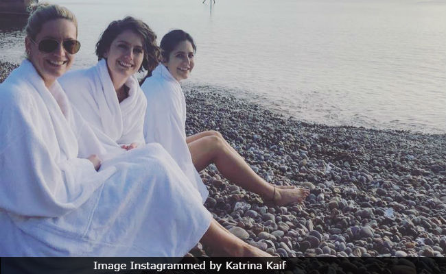 Katrina Kaif Celebrating With Family In England, Welcomes New Year With A Cool Splash