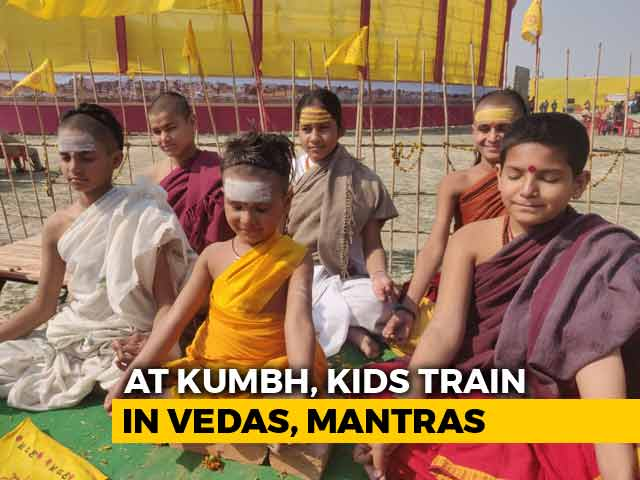 Video : At Kumbh Mela, These Children Are Learning Vedas; Have Views On Politics Too