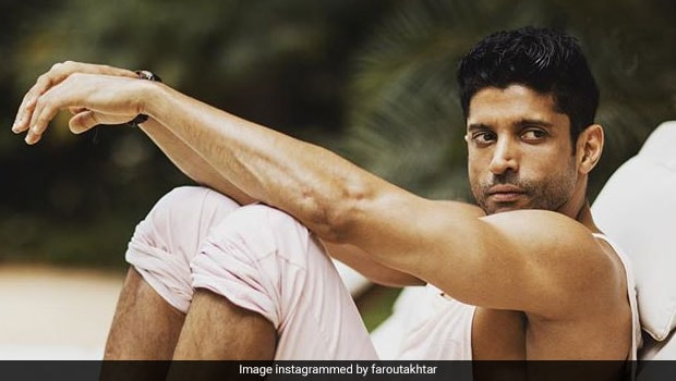 Happy Birthday Farhan Akhtar: Diet And Fitness Secrets Of The Youthful 45-Year-Old