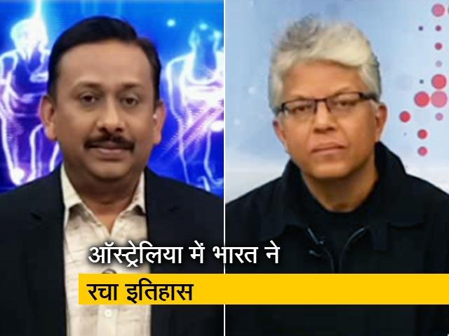 Videos : धोनी ने अपनी पारी से दिया आलोचकों को जवाब
