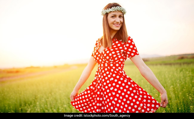 5 Trendy Polka Dotted Dresses You Will Absolutely Love