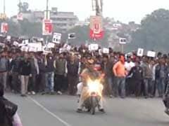 बिहार: गया में 16 साल की छात्रा का गला काटकर मर्डर, एसिड से जलाया चेहरा, पुलिस के खिलाफ सड़क पर उतरे लोग