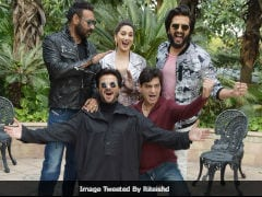 Stop Guessing What Ajay Devgn's Saying In This Pic - He Reveals <i>Total Dhamaal</i> Answer