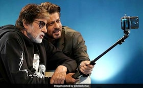 'Badla': Seen This Selfie Of 'Producer' SRK And 'Employed' Big B Yet?