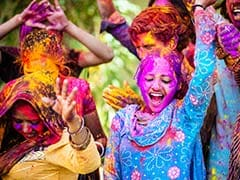 Holi 2019: Date,Time, Significance And Foods To Celebrate With