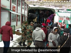 Army Rescues Over 300 Stranded Tourists From Sikkim's Changgu