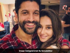 'What A Beautiful Moment:' Farhan Akhtar Comments On Pic Of Rumoured Girlfriend Shibani Dandekar From Her Sister's Wedding