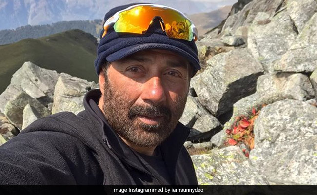 Sunny Deol Asked To Co-Star In Amitabh Bachchan's Aankhen 2