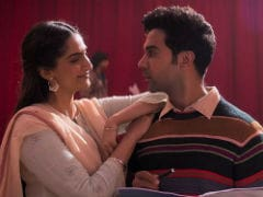<I>Ek Ladki Ko Dekha Toh Aisa Laga</i> Box Office Collection Day 3: Sonam Kapoor's Film Makes Rs 13 Crore