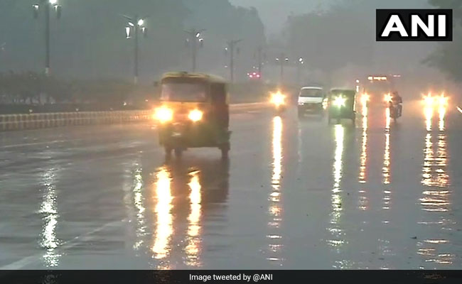 Delhi Weather: Heavy Rain In Delhi, Hailstorms Likely; Flights Diverted- Highlights
