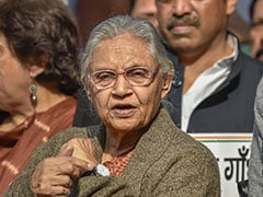 Sheila Dikshit  Meets Sonia Gandhi Days After Ruling Out AAP Alliance