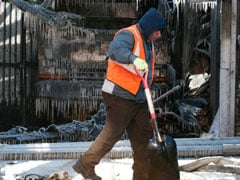 In Midst Of US Arctic Spell, Outdoor Workers Just Do Their Job