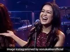 नेहा कक्कड़ ने भाई-बहन संग 'कोका-कोला तू...' गाने से बनाया ऐसा माहौल, Video खूब हो रहा वायरल