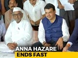 Video : Anna Hazare Calls Off Fast After Devendra Fadnavis Says Demands Accepted