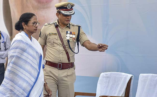 Mamata Banerjee Turns Street Fighter For Cop She Once Refused To Trust