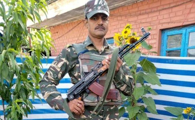 Pulwama Terror Attack: शहीद राम वकील ने पत्नी से वादा किया था, अबकी लौटूंगा तो घर जरूर बनवाऊंगा