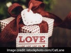 Happy Karwa Chauth 2019: आज है करवाचौथ, साथी को दें ये Special Gift, लंबी होगी रिश्ते की उम्र, बढ़ेगा प्यार...