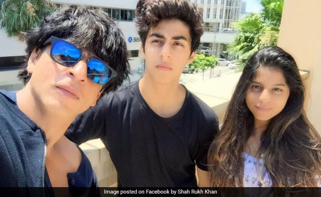 Suhana And Aryan, At Crossroads With Pocket Full Of Questions, Remind Shah Rukh Khan Of The Yellow Brick Road