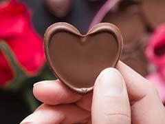 Chocolate Day 2019: Valentine Week में चॉकलेटी शायरी से जीतें अपने Love को, चॉकलेट डे पर शायरी